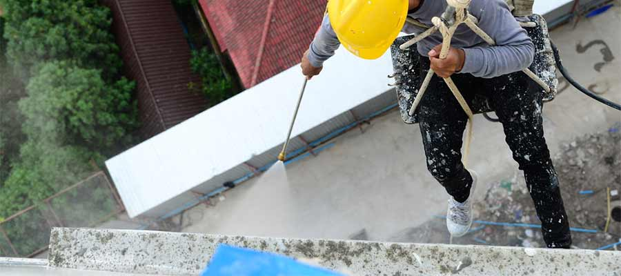 Commercial-Gutter-and-Downspout-Cleaning
